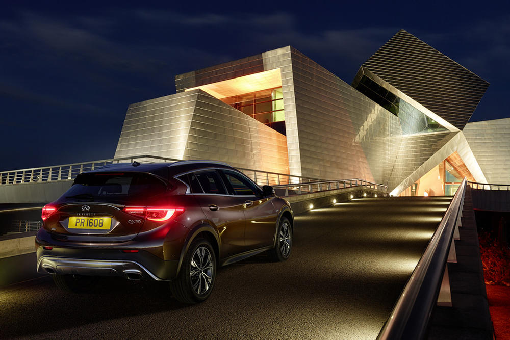 Infiniti`s Palmer announces QX30 small crossover production News Image